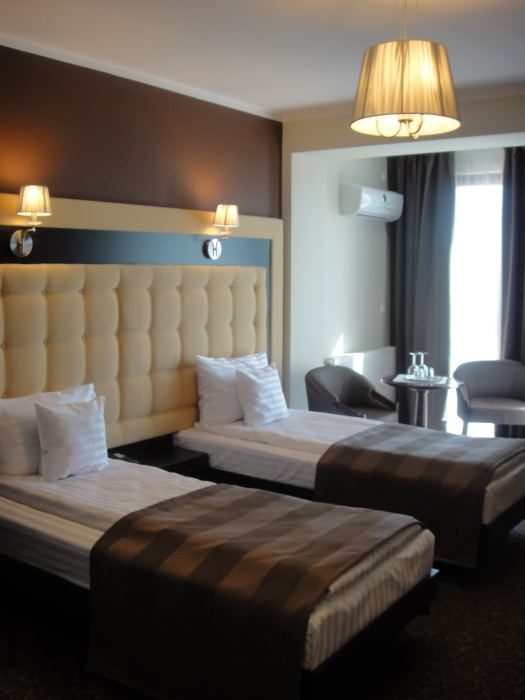 Twin standard room single