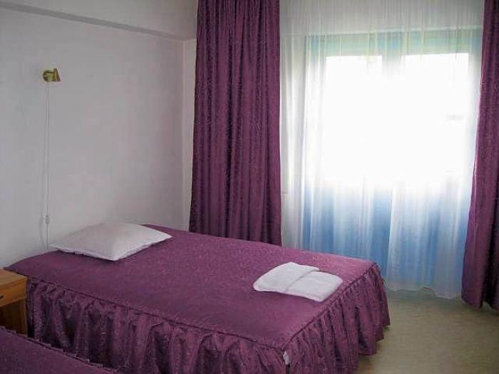 Cameră Standard cu două paturi