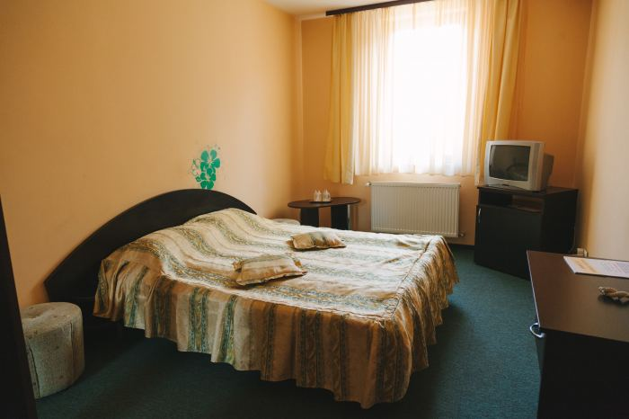 Double Matrimonial bed and breakfast