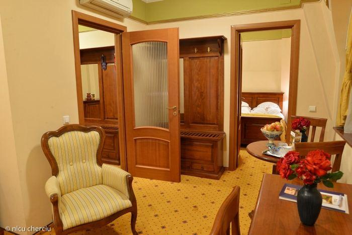 Apartament cu 3 dormitoare, Room Only