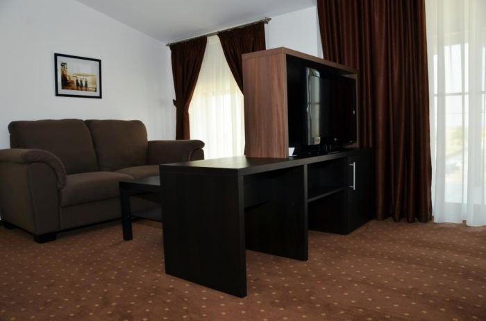 One-Bedroom Suite And Breakfast