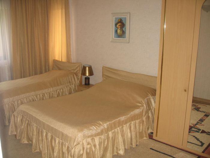 Apartament 3 dormitoare (7 persoane)