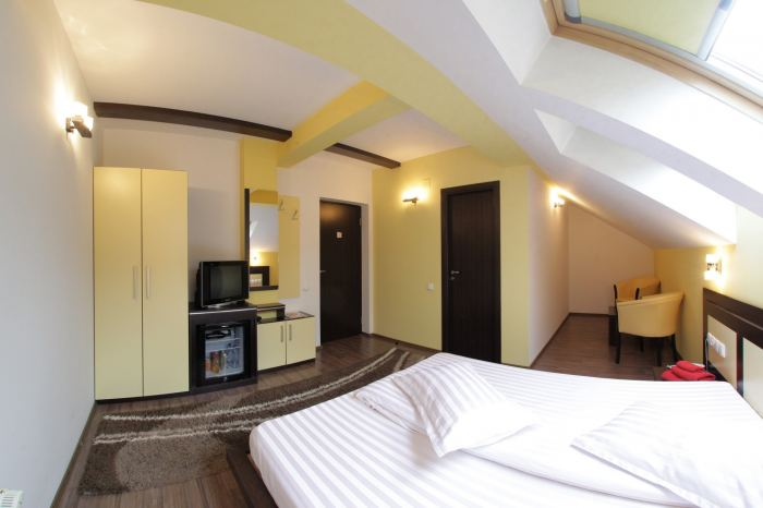 double room and breakfast