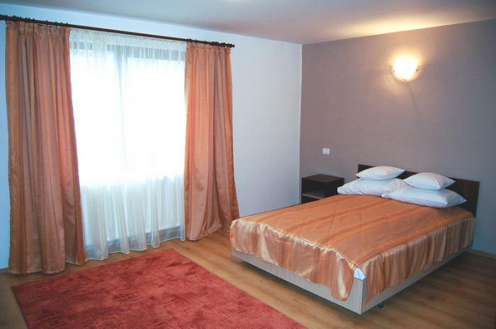 Camera 5,6,7,8 - camere twin cu 2 paturi individuale